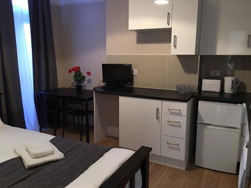 Mora Apartments photo 46