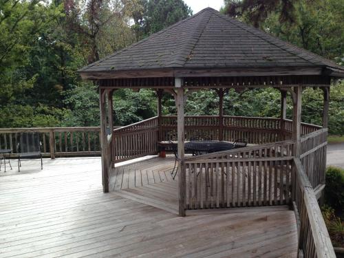Edelweiss Inn - Eureka Springs, AR 72632