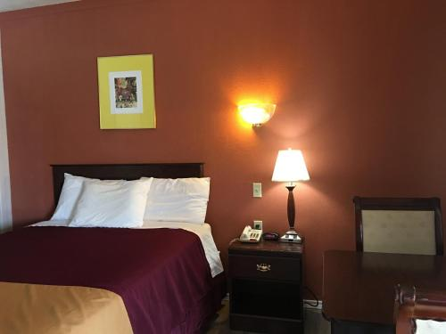 Americas Best Value Inn Ozona - Ozona, TX 76943