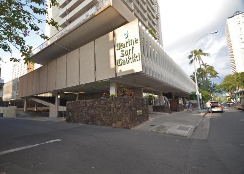 Marine Surf 709 - Honolulu, HI 96815