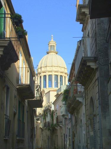Via Ten. Distefano 58, Ragusa, 97100, Sicily, Italy.