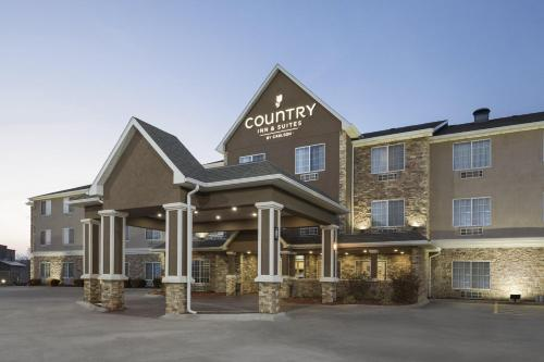 Country Inn & Suites by Radisson, Topeka West, KS Photo