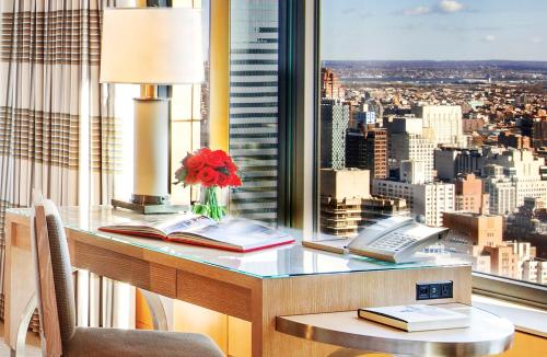 Four Seasons Hotel New York photo 50