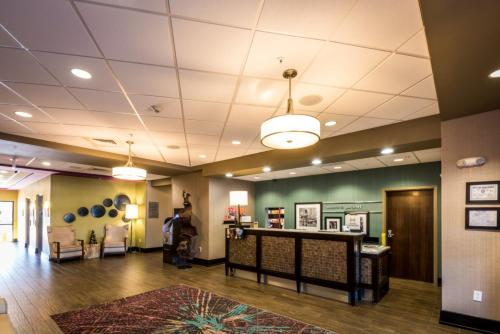 Hampton Inn & Suites Gulfport in Gulfport