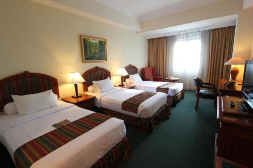 Harmoni Hotel photo 25