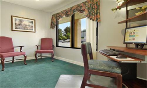 Days Inn By Wyndham Enterprise - Enterprise, AL 36330