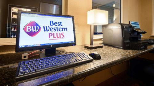 Best Western Plus Waco North Photo