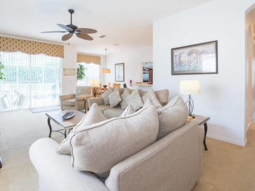 1821 North Hampton Drive Villa #51633 Villa - Davenport, FL 33897
