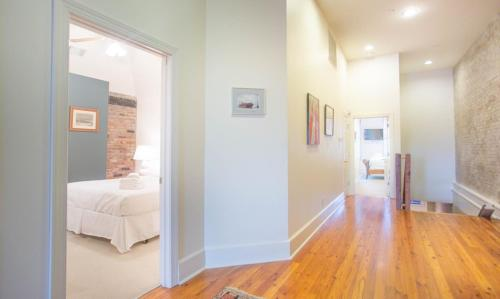 Savannah Riverview - Two-bedroom - Savannah, GA 31401