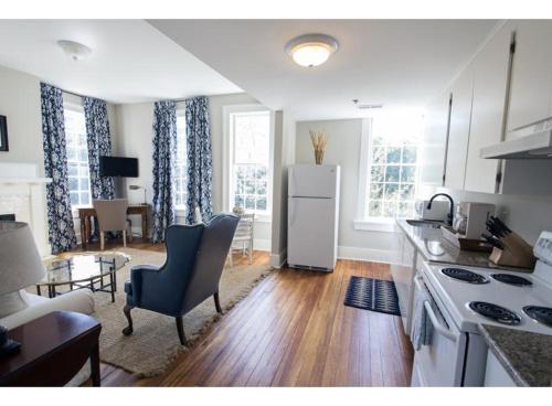 Liberty Landing Too - One-bedroom - Savannah, GA 31401