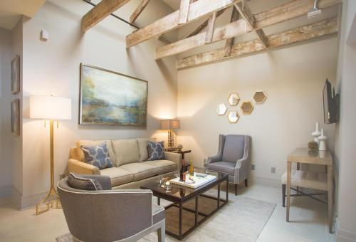 The Parker Collection - Unit 8 - Two-bedroom - Savannah, GA 31401