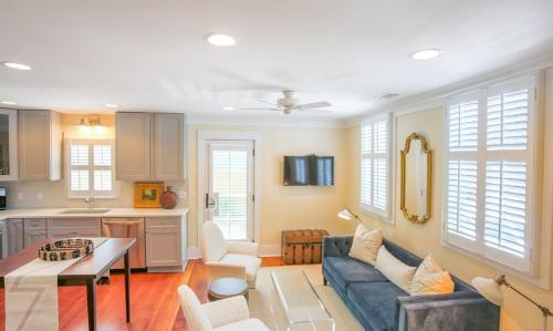 511 East Congress Street - Three-bedroom - Savannah, GA 31401