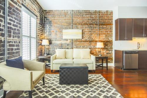 Franklin Square Loft - One-bedroom - Savannah, GA 31401
