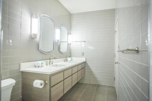 The Parker Collection - Unit 3 - Two-bedroom - Savannah, GA 31401