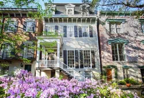 Cohen House Main+garden - Five-bedroom - Savannah, GA 31401