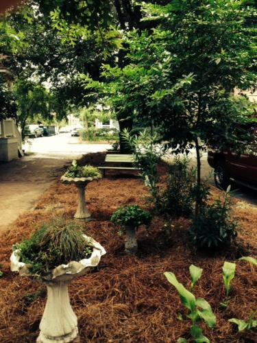 Writer's Repose - Two-bedroom - Savannah, GA 31401
