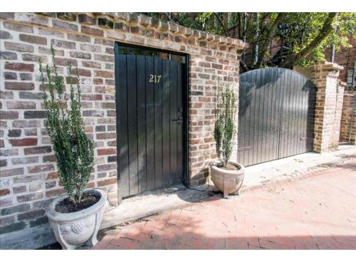 Gardenview On Calhoun - Two-bedroom - Savannah, GA 31401