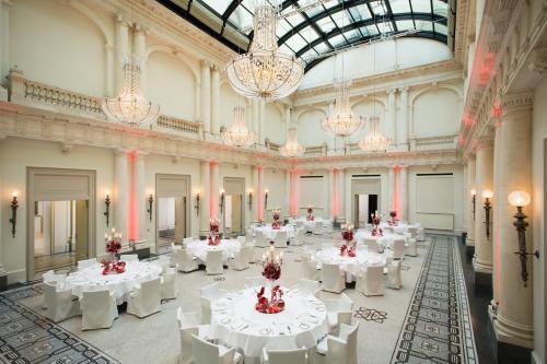 Hotel de Rome - 11 of 49