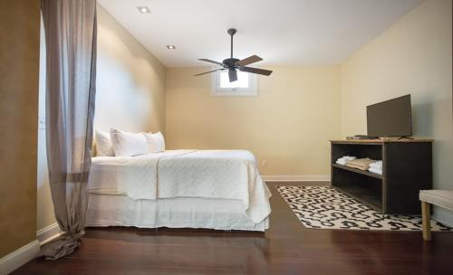 Eleven.twelve - One-bedroom - Savannah, GA 31401