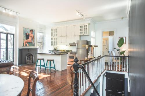 Gallery 417 - Two-bedroom - Savannah, GA 31401