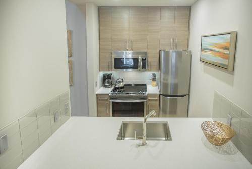 The Parker Collection - Unit 7 - Two-bedroom - Savannah, GA 31401