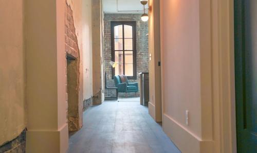 The Grant - One-bedroom Broughton Street (205a) - Savannah, GA 31401