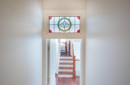 Corner Door Townhome - Six-bedroom - Savannah, GA 31401
