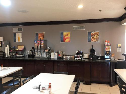 Best Western Oasis Of The Sun - Anthony, TX 79821