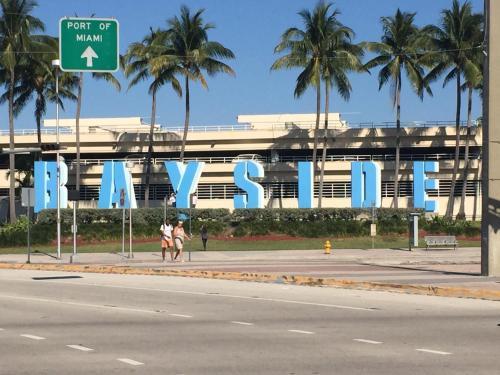 Heart Of Miami- Coral Gables Charm - Miami, FL 33134