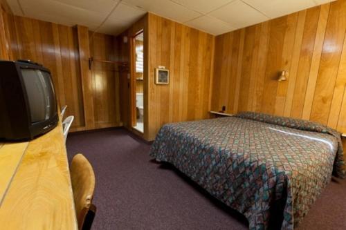 Robbins Motel - Bar Harbor, ME 04609