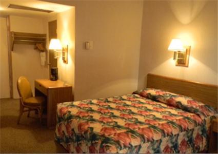 Black Horse Lodge & Suites - Denver, PA 17517