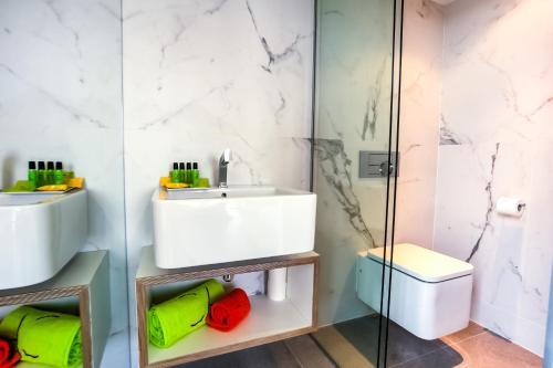 Cosmo Apartments Sants photo 68
