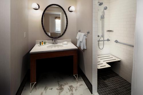 Hilton Brooklyn New York Photo