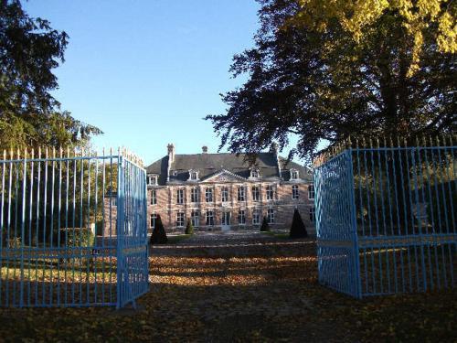 Château de Yaucourt Bussus