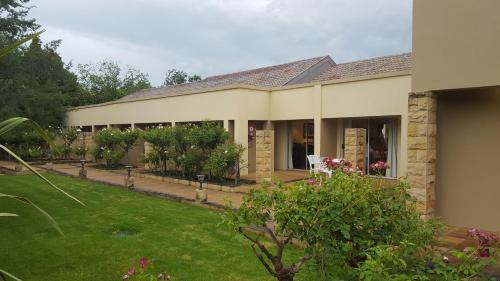 Acacia Lodge Photo