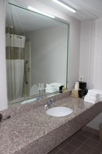 Quality Inn & Suites Port Arthur