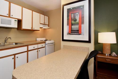 Extended Stay America - Indianapolis - Northwest - College Park photo 3