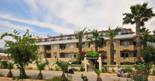 Marmaris Ozturk Apart Hotel fiyat