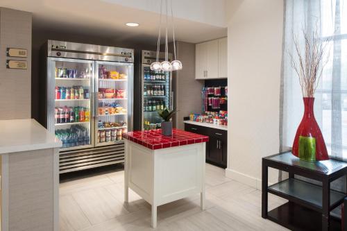 Homewood Suites By Hilton Anaheim-main Gate Area - Garden Grove, CA 92840