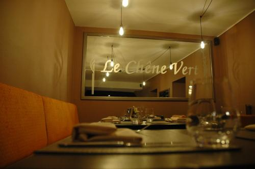 Logis Hotel Le Chêne Vert