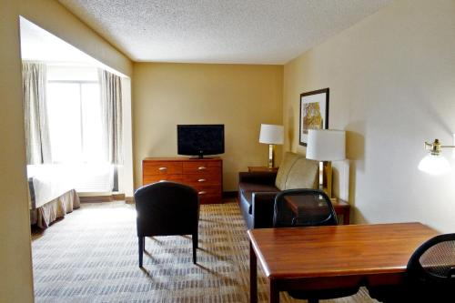 Extended Stay America - Evansville - East Photo