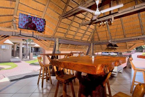 Gecko Inn Photo