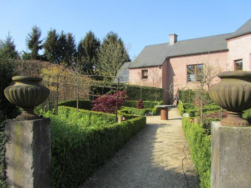 B&B Les Jardins Du Mont D'hazeilles