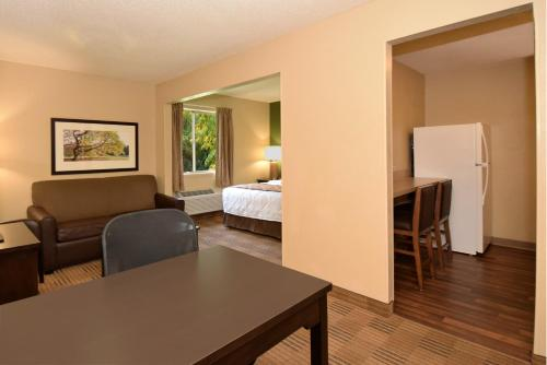 Extended Stay America - Houston - Med. Ctr. - NRG Park - Kirby photo 16