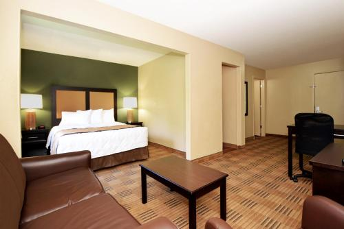 Extended Stay America - Houston - Med. Ctr. - NRG Park - Kirby photo 18