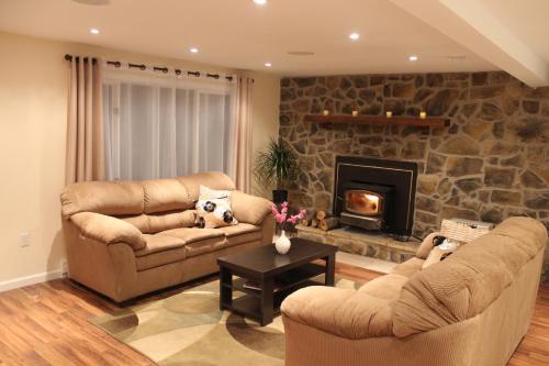 Cozy Pocono Home