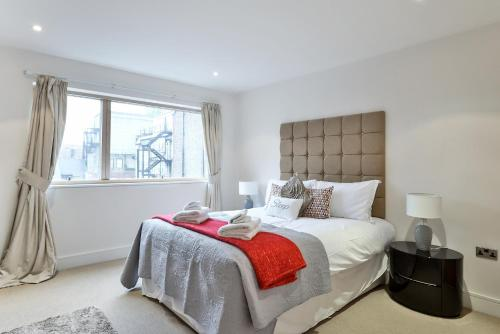 5 Star Central London 3 Bedroom Apartment photo 3
