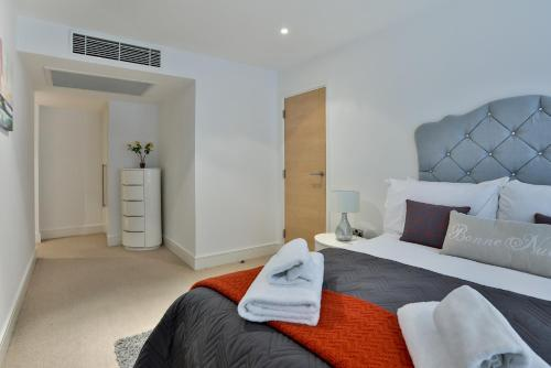 5 Star Central London 3 Bedroom Apartment photo 19