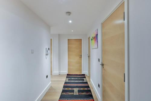 5 Star Central London 3 Bedroom Apartment photo 23