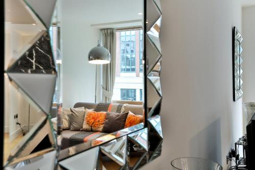 5 Star Central London 3 Bedroom Apartment photo 25
